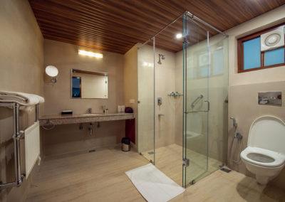 Bathroom of Regent Room